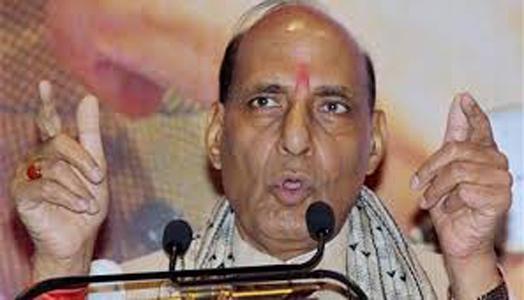 राजनाथ ने जंग और केजरीवाल से आपसी तनातनी दूर करने को कहा