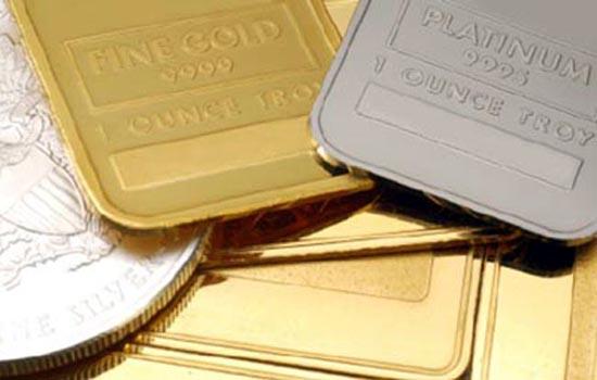 चांदी पांच साल के निचले स्तर पर, 320 लुढ़का सोना