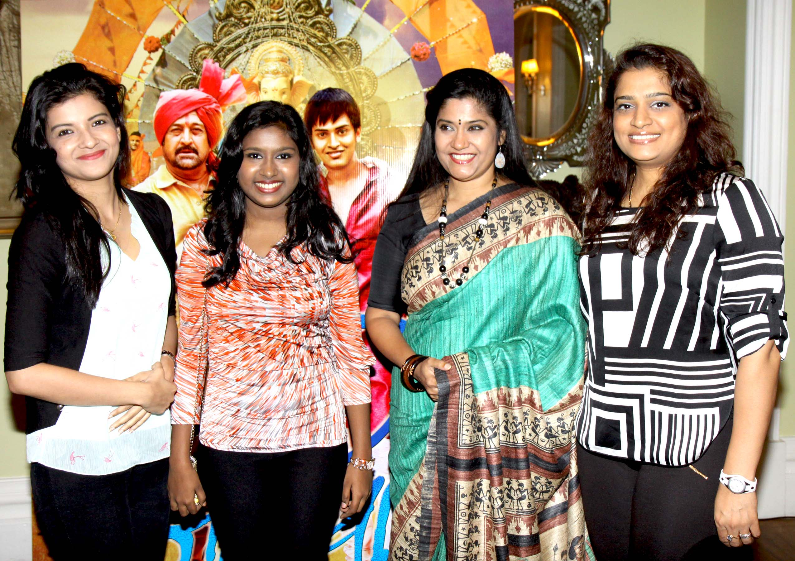 Bolly wood stars at scholarship event of Tata Memorial hospital