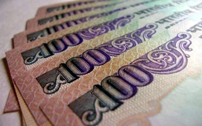 बैंकों में कर्ज सस्ता करने की लगी होड़