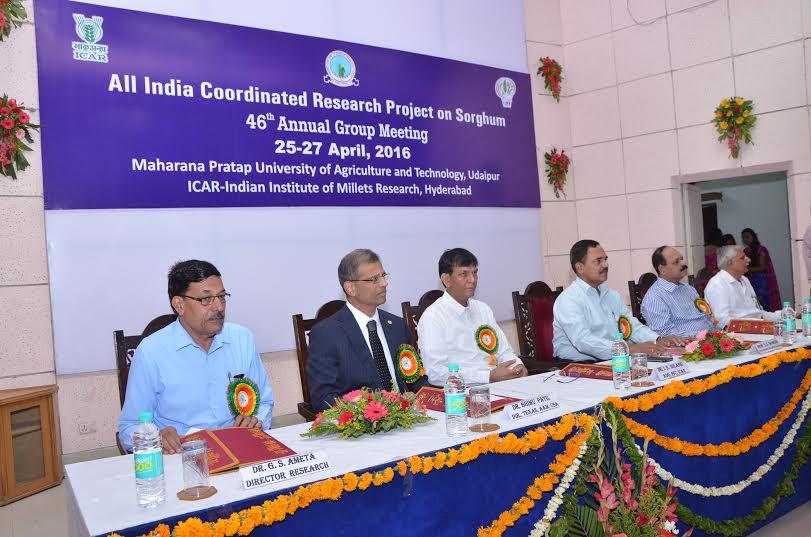 देश में ज्वार अनुसंधान को नई दिशा देने की आवश्यकता. प्रो. उमा शंकर शर्मा