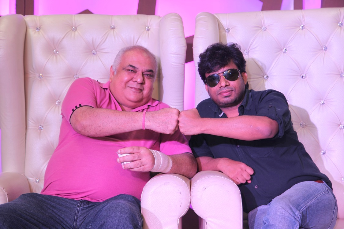 Joins, star guest of the day Music Director Raj Mahajan