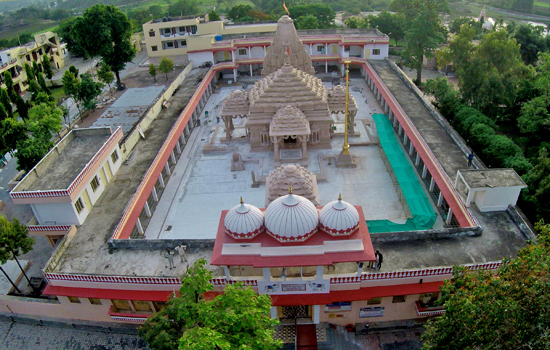 त्रिपुरा सुन्दरी मंदिर का ड्रोन से लिया गया विशेष फोटो फीचर