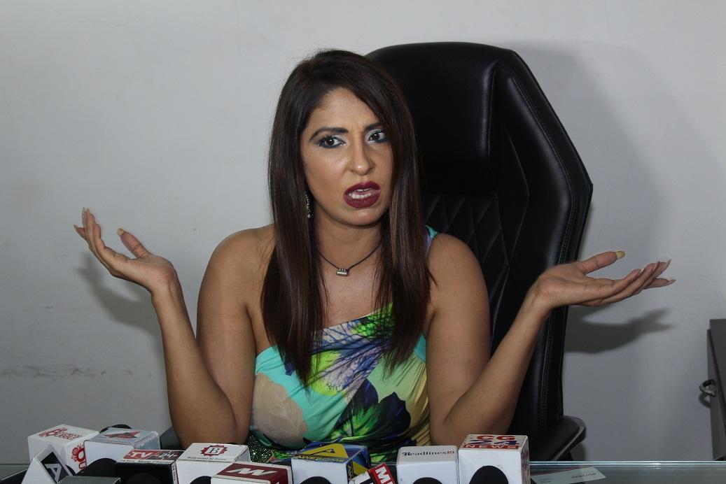 पूजा मिश्रा ने सीधा  निशाना साधा अपने दुश्मनो पर