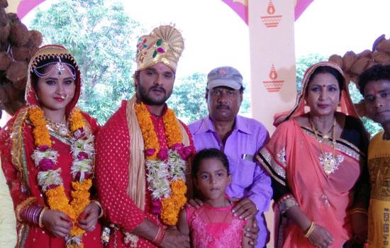 बेटी कृति के सामने खेसारी ने रचाई काजल राघवानी से शादी