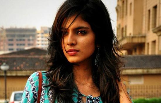 ''बियोंड द क्लाउड्स' में मुख्य भूमिका निभाएंगी मालविका