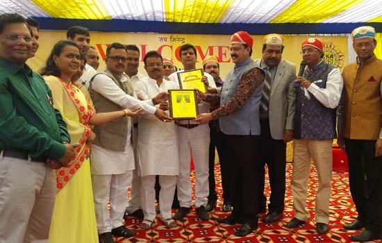 5000 जैन बंधुओ ने किया महास्नेह भोज, सांस्कृतिक संध्या मे रही कलाकारों की धूम