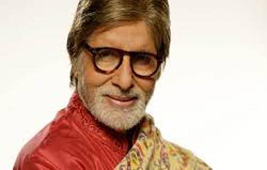 अपनी फिल्म पर किताब आने से खुश हैं अमिताभ