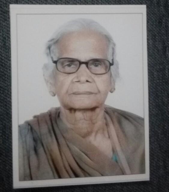 दुर्गा देवी का निधन