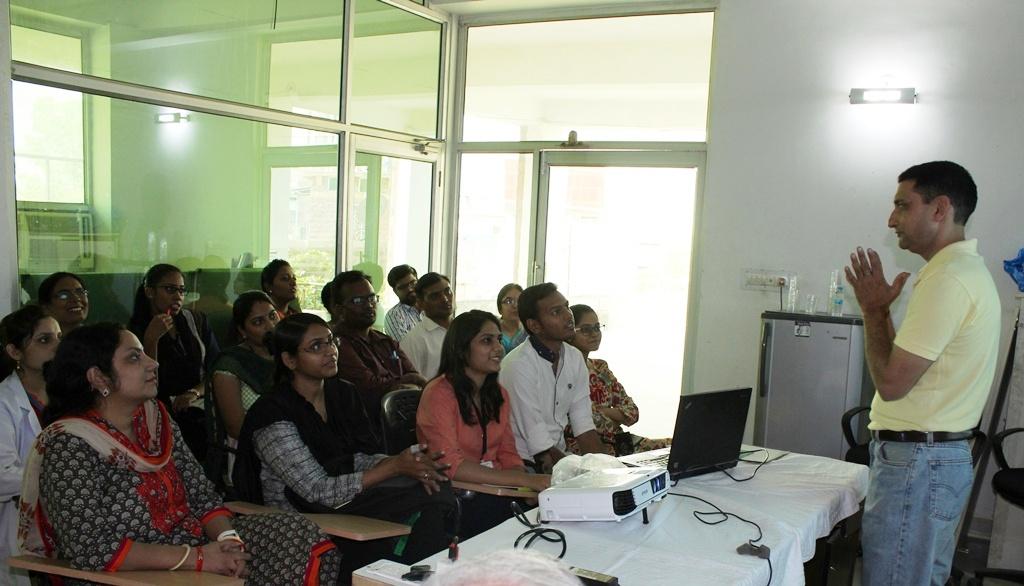 मीडिया के साधन सेडाईबेटिस की जागरूकता पर कार्यशाला आयोजित