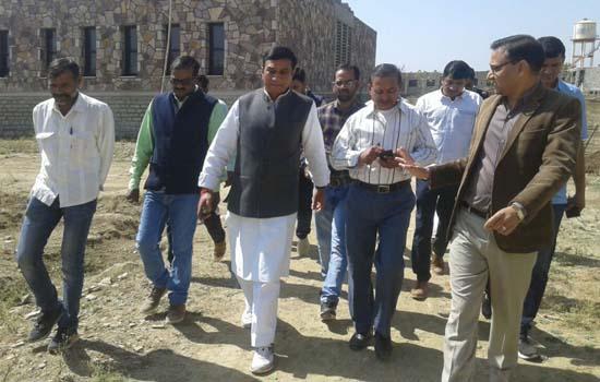 वैदिक संस्कृति के संरक्षण में विश्व विद्यालय की स्थापना अनूठी पहल-महेंद्र सिंह राव