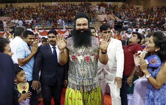 धर्मगुरुओं की बढ़ती महत्वाकांक्षाओं से मुक्ति मिले- ललित गर्ग