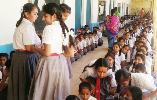 कमला नेहरू उच्च प्राथमिक विद्यालय जैसलमेर के विद्यार्थियों का विदाई समारोह