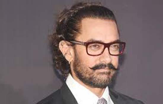 30 वर्षो में  सिने जगत के तय नियमों को तोड़कर अपना परचम लहराया-आमिर