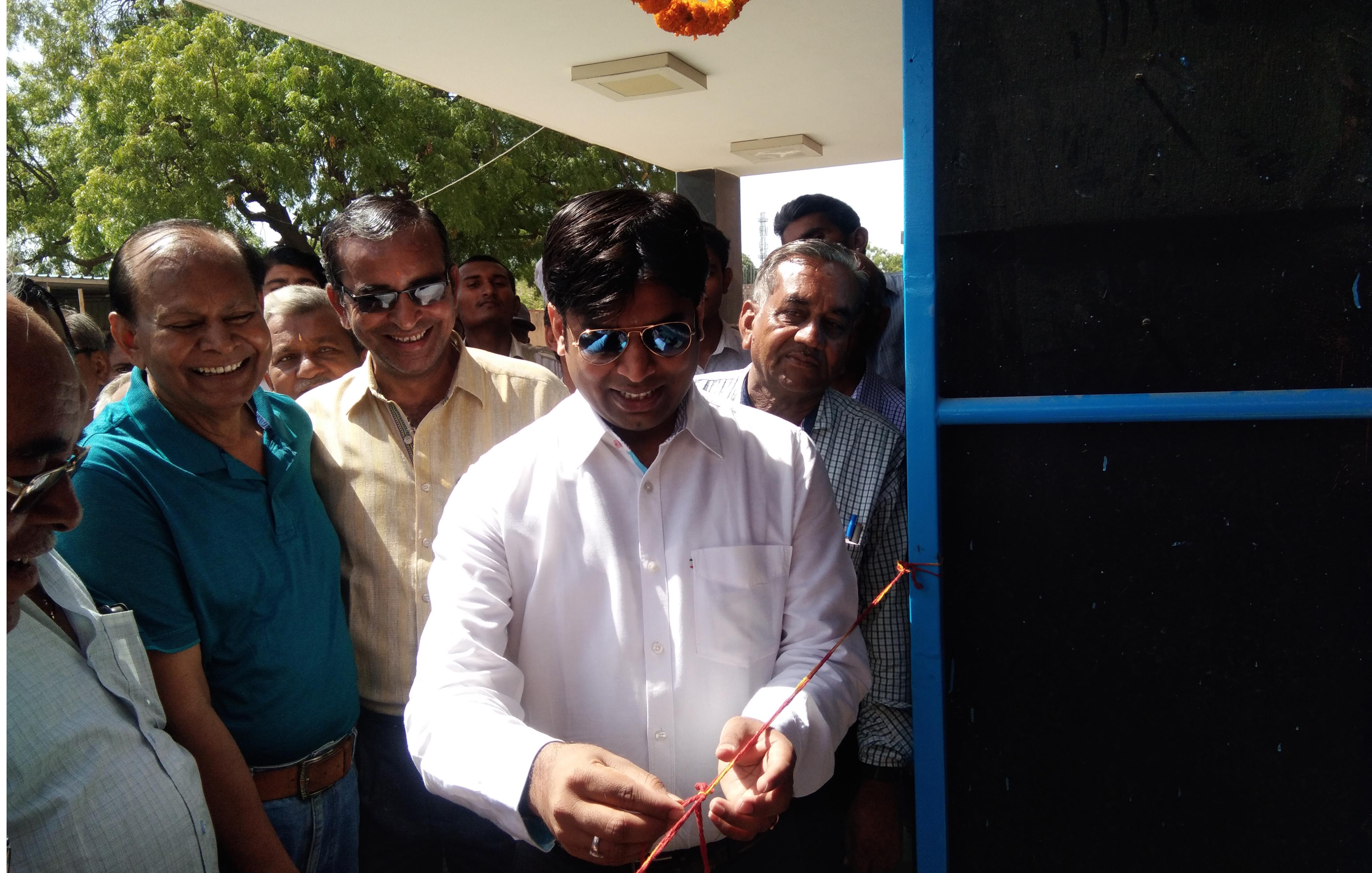 जिला कलेक्टर शिवप्रसाद एम नकाते ने किया प्याऊ का उद्घाटन