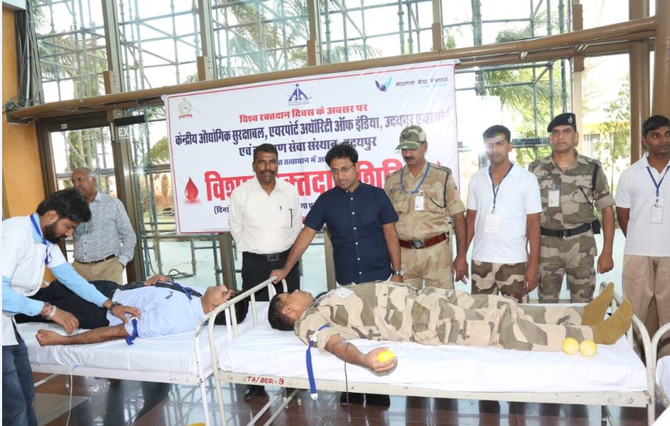 एयरपोर्ट रक्तदान शिविर में १०१ यूनिट रक्त संग्रहण