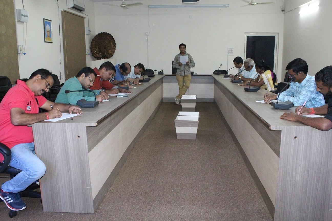 आमजन में लिखने की प्रवृत्ति हुई कम - प्रो. सारंगदेवोत