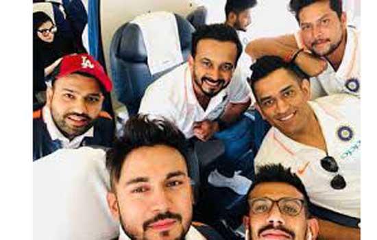 एशिया कप के लिये भारतीय टीम रवाना