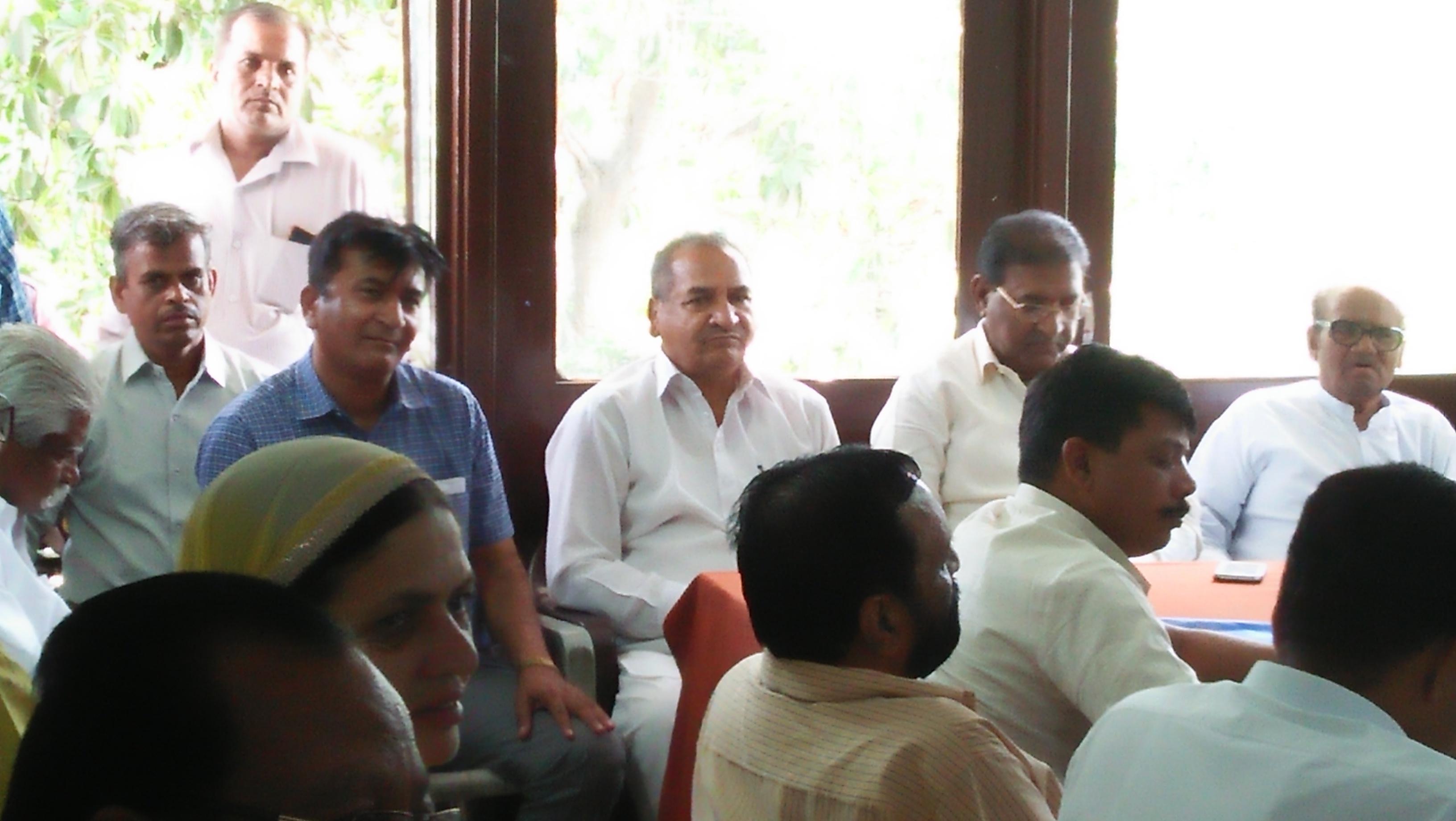 गोपाल कृष्ण शर्मा ने ली मंथन  बैठक