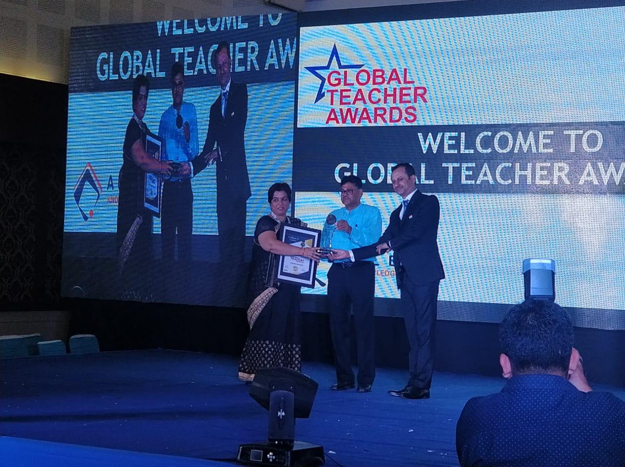 हिंद जिंक विद्यालय अध्यापकों को ग्लोबल टीचर अवार्ड