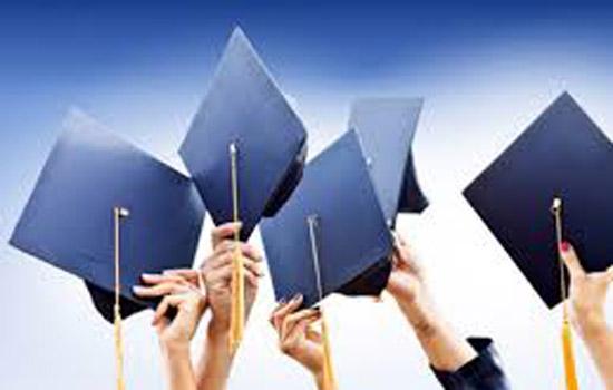 पोस्ट ग्रेजुएशन कर रही छात्राओं के लिए हैं कई स्कॉलरशिप