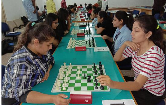 पेसिफिक विज्ञानं महाविद्याल मे दो दिवसीय अंतर महाविद्यालयी शतरंज प्रतियोगिता आयोजन