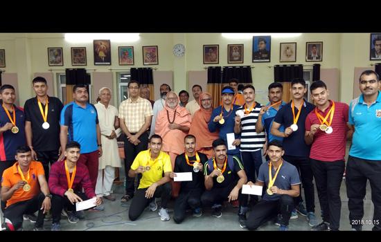 एयर राइफल में निशा कंवर तथा एयर पिस्टल में  शुभम राणा ने सीओसी का खिताब जीता