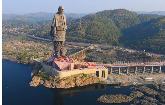 सरदार पटेल की प्रतिमा में बस्ता है हिन्दुस्तान जिंक