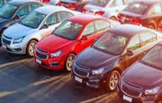 नए साल में महंगी कर देंगी कारें वाहन कंपनियां