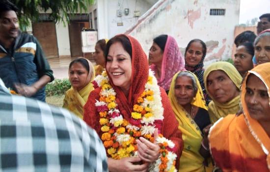 लाडपुरा विधान सभा में कल्पना देवी मतदाताओ की पहली पसंद बनी जम कर होगा लाडपुरा का विकास