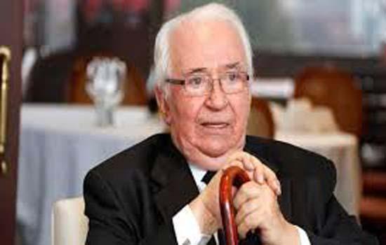 पूर्व राष्ट्रपति बेलिसारियो बेतंकूर का निधन