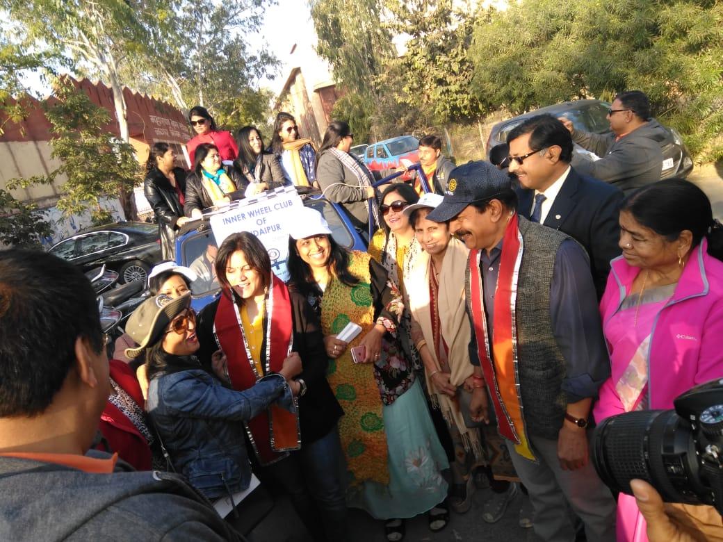 विन्स फॅार रैली जयपुर के लिये रवाना