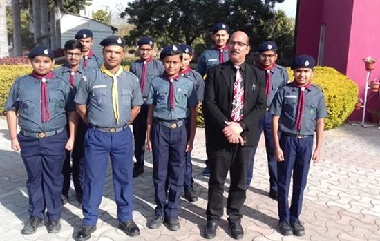 डीपीएस, उदयपुर के स्काउट छात्र प्रतियोगिता रेली के लिए हुए रवाना