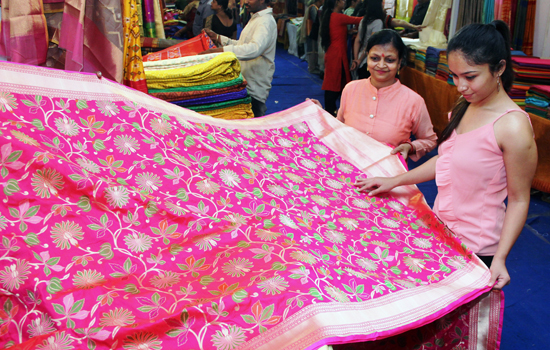 Silk India - 2019-An exhibition cum sale attracting udaipurites