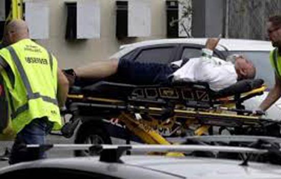 न्यूजीलैंड की मस्जिद में हुए आतंकी हमले में 40 की मौत