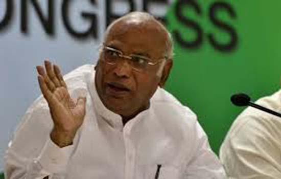 मल्लिकाजरुन खड़गे ने लोकपाल चयन समिति की बैठक