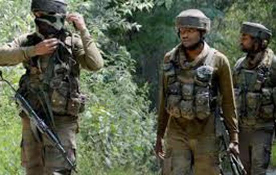 जम्मू-कश्मीर में सेना से मुठभेड़ों में दो आतंकवादी ढेर