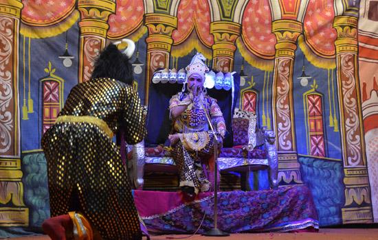 रावण वध के साथ राम का राजतिक बडा ही मनमोहक रहा