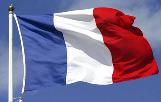 एक कैदी ने दो गार्ड को बनाया बंधक फ्रांस की जेल में