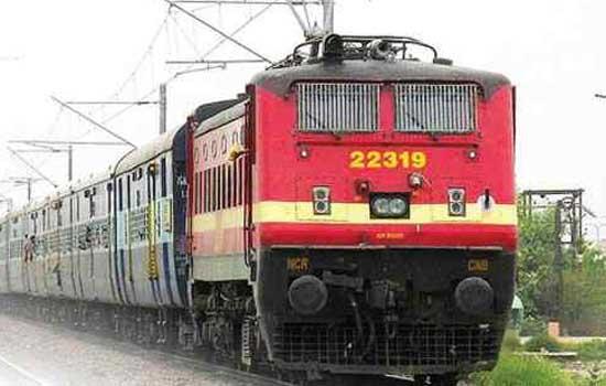 इंजीनियरिंग कार्य के कारण रेल यातायात प्रभावित