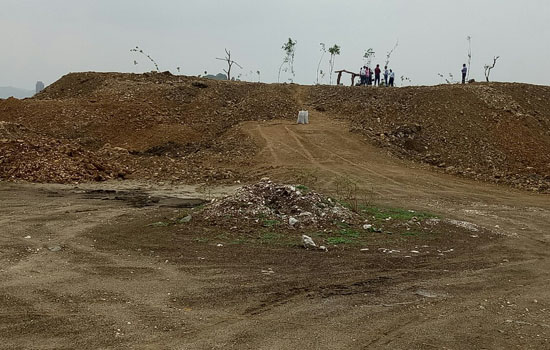 Hindustan Zinc in association with UIT and Forest plant trees on the developed mounds in Fatehsagar lake