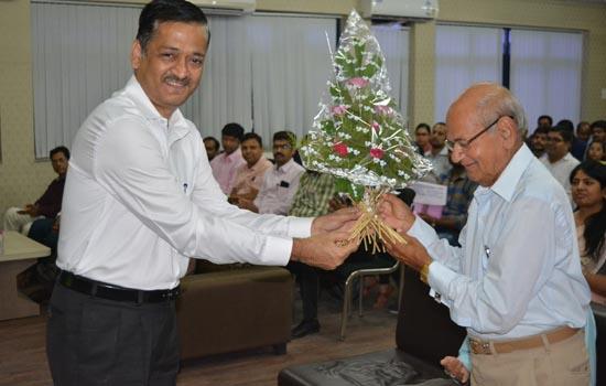 गीतांजली मे अंतराष्ट्रीय संगोष्ठी का आयोजन