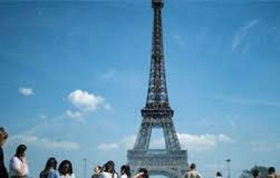 पेरिस ने भी जलवायु आपातकाल की घोषणा की