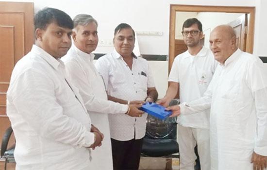 देवगढ में चातुर्मास प्रवेश पर उमड़ा आस्था का हुजूम
