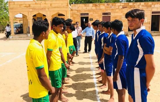 '' विद्यालय में मनाया गया खेल दिवस ''