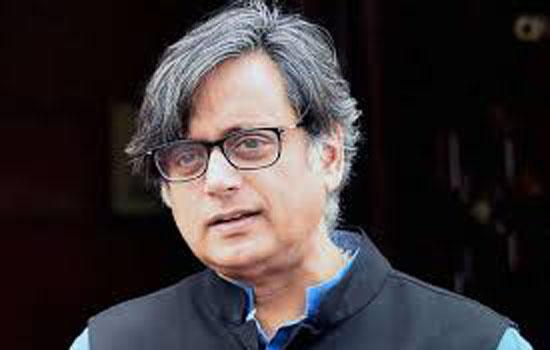 'हिंदू पाकिस्तान' बयान को लेकर थरूर के खिलाफ गिरफ्तारी वारंट जारी