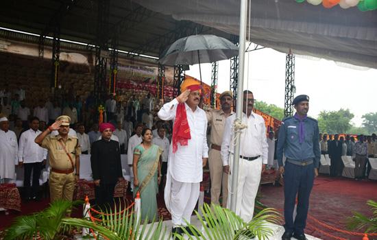 स्वतंत्रता दिवस चित्तौड़गढ़ में समारोहपूर्वक मनाया गया