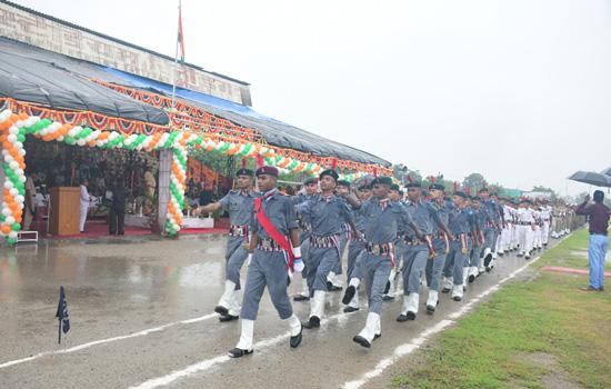 स्वाधीनता दिवस की पूर्व संध्या पर देशभक्तिपूर्ण सांस्कृतिक प्रस्तुतियों ने मचायी धूम