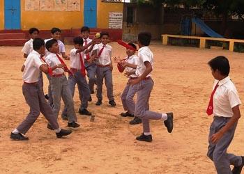विद्यालय में खेल दिवस मनाया