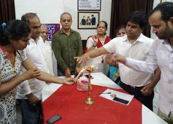 पाठक संवाद- राष्ट्रवाद के केन्द्र मे भारतेन्दु – व्यक्तित्व एवं कृतित्व